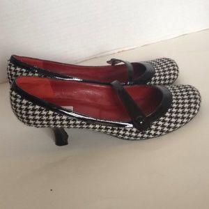 Steve Madden gingham round toe kitten heel shoes